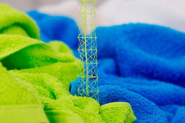 Takahiro Iwasaki miniature thread architectural sculptures