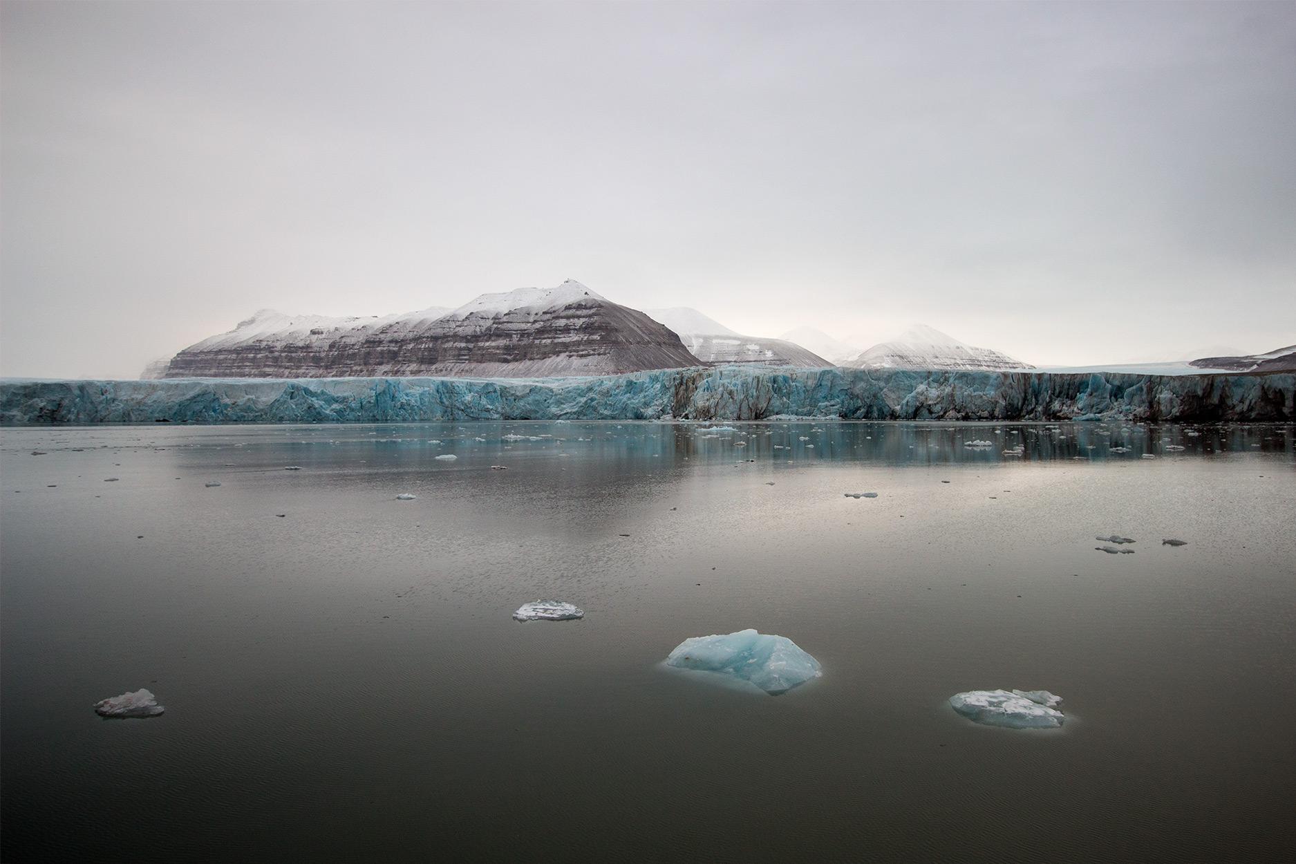 Tunabreen Glacier, Spitsbergen